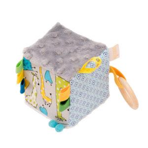 cub de joaca girafe