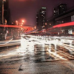 lumini in viteza in oras